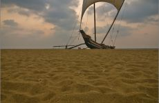 sri lanka negombo beach boot strand